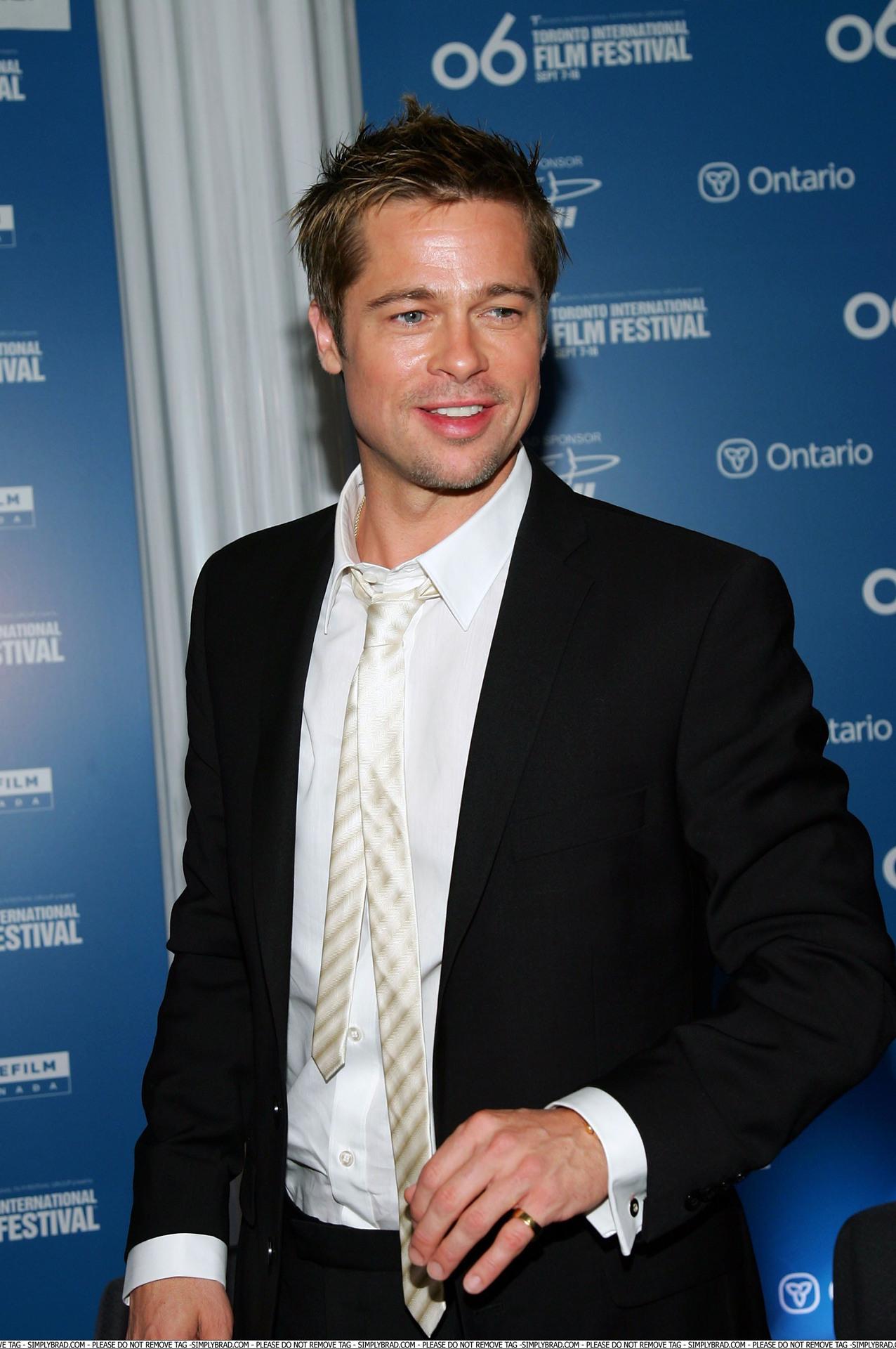 Hồ sơ nhân vật - Tiểu sử Brad Pitt - 1 25135 -