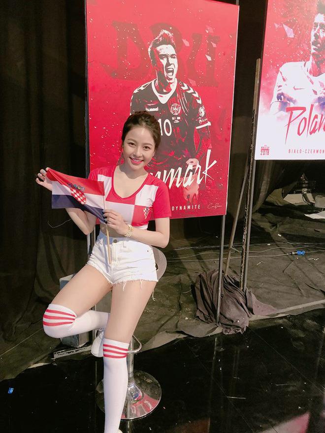 Hồ sơ nhân vật - Hot girl Trâm Anh cô nàng xinh đẹp bình luận World Cup - hot girl tram anh 1 11830 -