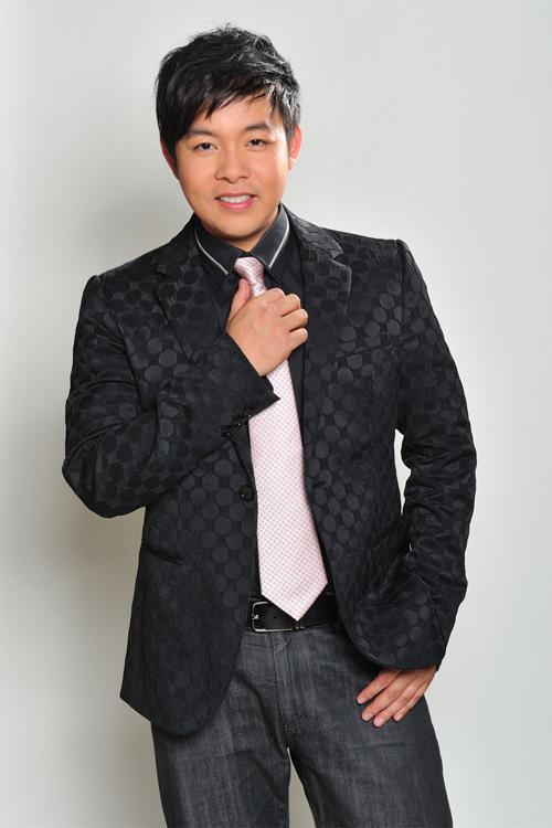 Hồ sơ nhân vật - Tiểu sử ca sĩ Quang Lê - tieu su ca si quang le 3118 -