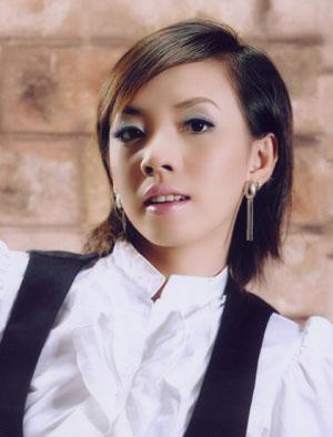 Hồ sơ nhân vật - Tiểu sử diễn viên hài Thu Trang - tieu su dien vien hai thu trang 3926 -