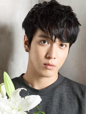 Hồ sơ nhân vật - Tiểu sử Jung Yong Hwa - tieu su jung yong hwa 6759 -