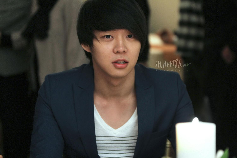 Hồ sơ nhân vật - Tiểu sử Park Yoochun - yoochun nam 25133 -